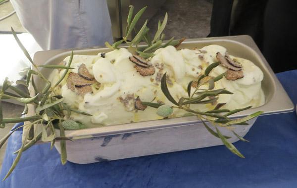 gelato olio d'oliva umbro e tartufo