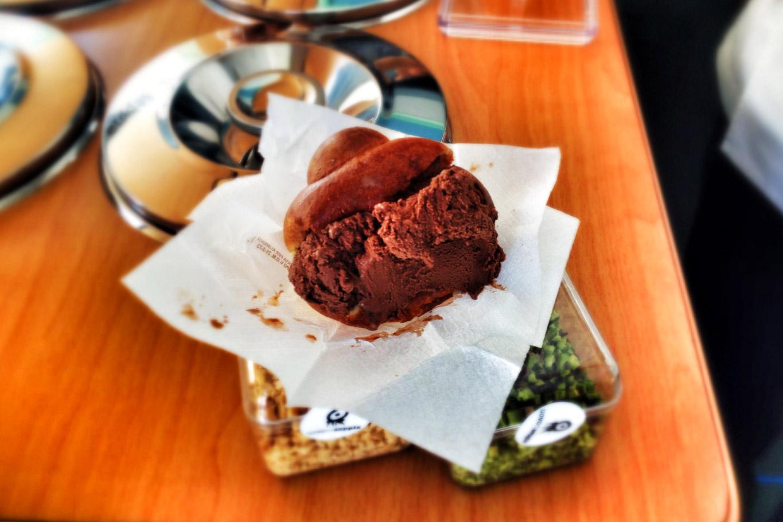 brioche gelato pino cuttaia uovo di seppia licata
